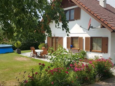 Kompaktes & gemütliches Haus mit Charme in lebenswerter Lage