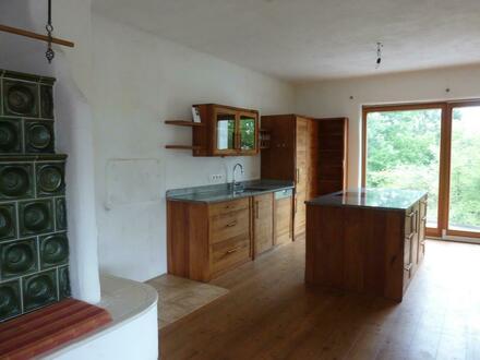 Große Wohnung im Ortszentrum in Alleinlage & Möglichkeit zum Ausbau von weiteren Wohnungen & Verkaufsfläche