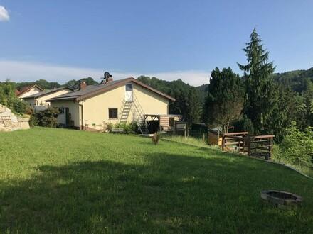 Mehrfamilienhaus in idyllischer Naturlage
