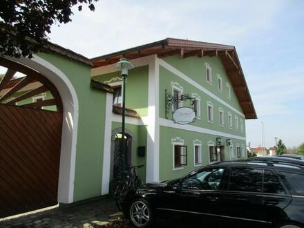 Historischer Landgasthof im Dorfzentrum