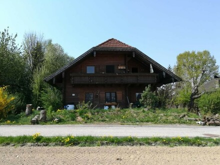 Mehrfamilienhaus in ruhiger und sonniger Lage nähe Ortszentrum