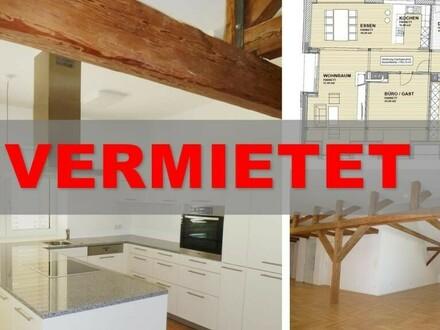 ***Mietanbot liegt vor*** Stilvolle Dachgeschosswohnung zur Miete!