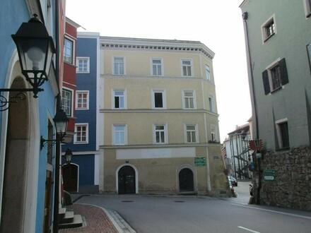 ERTRAGSOBJEKT - Stadthaus mit 5 Mietwohnungen und Geschäftslokal