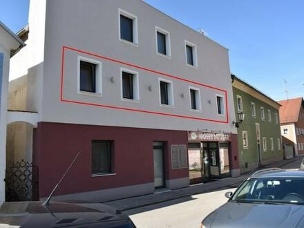 Helle und geräumige 4 Zimmerwohnung im Ortszentrum