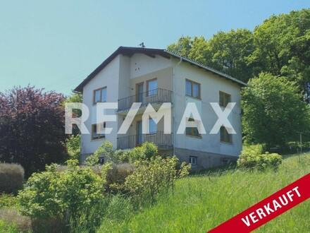 ***OPEN HOUSE, Samstag 15. Juni*** Renovierungsbedürftiges Einfamilienhaus in Waldrandlage nähe Schärding