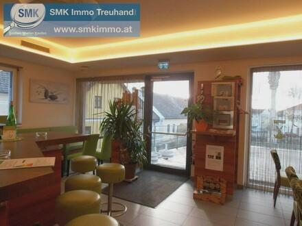 Gemütliches gut besuchtes Café mit Terrasse!