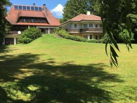 Landhausvilla mit Nebenhaus