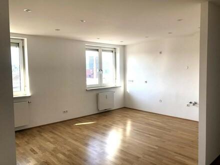 Neu sanierte 3-Zimmer Wohnung mit Süd-Ost Balkon - Unionstraße