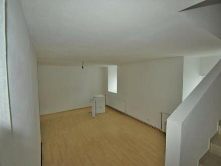 Großzügige 2 ZI-Maisonette Wohnung in ehemaligen Bauernhof - Nähe Rainbach /Mkr.