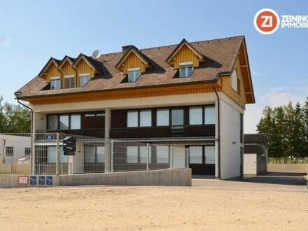 EINZIGARTIG - Mitarbeiterhaus mit 9 Zimmer, DG-Wohnung und Lager-/Garagenfläche