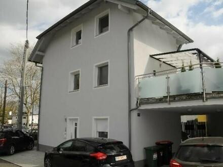 VERSTEIGERUNGSOBJEKT! 2- Zimmer Wohnung mit Garten in Vöcklabruck