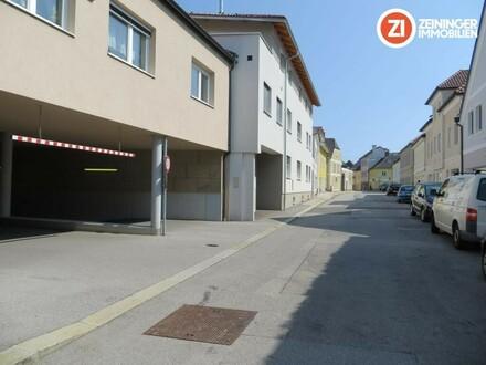 Großzügiger und moderner Tiefgargenparkplatz in Enns