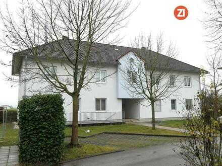 Provisionsfrei - 3-Zimmerwohnung in Vierparteienhaus mit Garten und Blick ins Grüne!