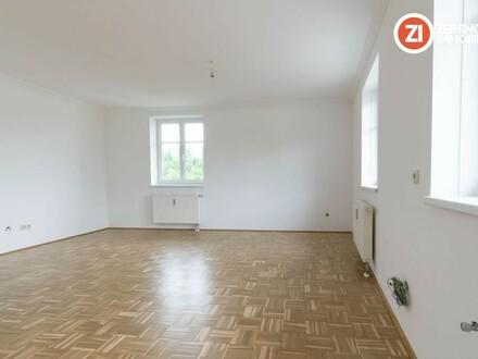 Neu sanierte 3 ZI-Wohnung mit Garten in ehemaligem Bauernhof