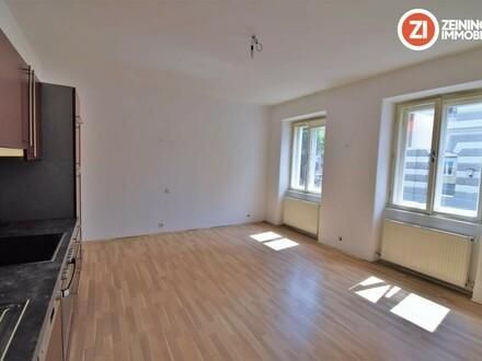 Zentrale Innenstadtwohnung mit Potential - 2 ZI-Wohnung zum selbstverwirklichen