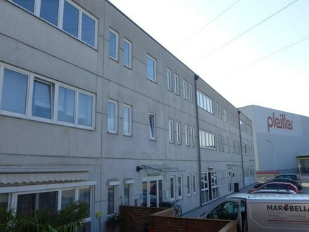 250 m² Bürofläche im Rohausbau