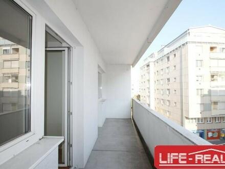 freundliche und sonnige 3-Zimmerwohnung mit Loggia im Zentrum von Linz