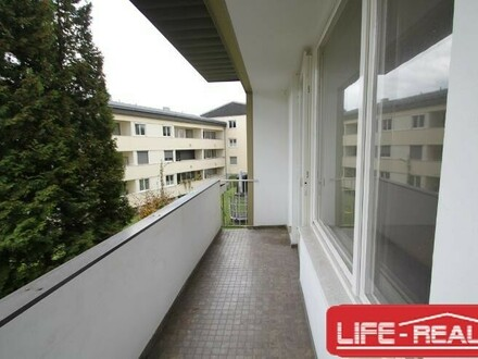 helle Mietwohnung in einer ruhigen Lage inklusive Autoabstellplatz - Jetzt mit Videobesichtigung auf www.life-real.at