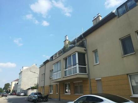 Stammersdorf   gepflegte 2 bzw 3 Zimmer   Terrasse   kleines Lifthaus   Ruhelage   Bj 95