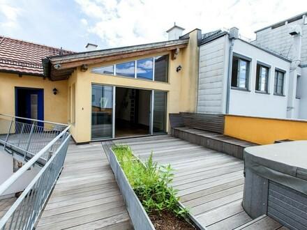 Eingang mit Dachterrasse
