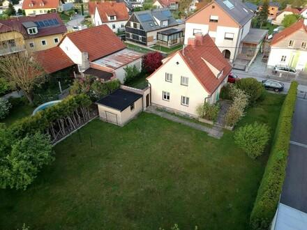 Einfamilienhaus mit viel Potenzial - BIETERVERFAHREN