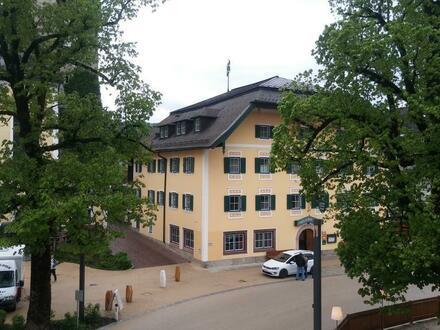 Thalgau: Neu renovierte, sonnige 2 Zi.-Wohnung mit Balkon, Lift, Kellerabteil...