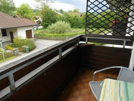 Schöne, gepflegte, sonnige 2 Zi.-Wohnung mit Balkon im Zentrum von Thalgau