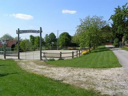 Pferdehof in ruhiger Lage - Nähe Therme