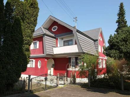 """Wohnhaus im """" Villenstil """" zu verkaufen !!"""