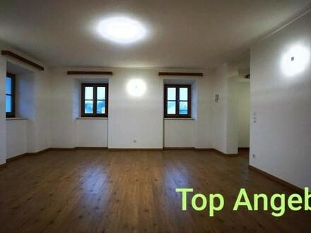 Wundervolle, geräumige 2-Zimmer-Wohnung in Top-Lage Aigen