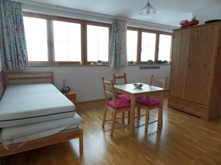 1-Zimmer-Wohnung mit Balkon und Parkplatz