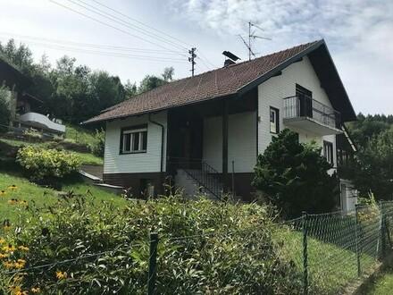 Sehr gepflegtes älteres Haus nur ca. 4 km von Passau