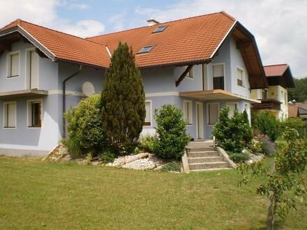 Zweifamilienhaus Ortsrand Mauerkirchen