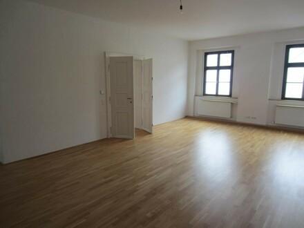 98m² - Stilvoller Altbau - Linz-ZENTRUM