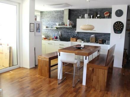 Gepflegte 3 Zimmer Wohnung - teilmöbliert