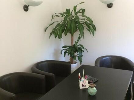 Schönes Büro in Nonntal, tolle Lage, inkl. 3 Parkplätzen