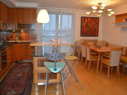 Sonnige Penthousewohnung mit Top Ausstattung!