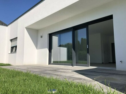 Doppelhaus-Bungalow in gehobener Qualität
