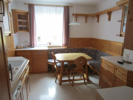 Top Lage: ruhige 3 Zi-Wohnung mit Loggia