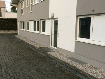 Gewerbeobjekt - Werkstatt - Halle - in ausgezeichneter Lage, Baurecht