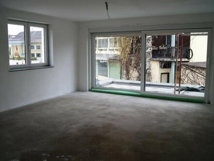 Erstbezug: Geräumige 3-Zimmer Wohnung im Orskern!