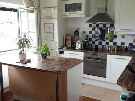 Wundervolle, helle 3,5-Zimmer-Wohnung in Puch, mit Gartenanteil und 2 Parkplätzen
