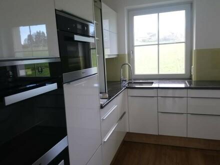 Große renovierte 3 Zi- Wohnung in Elixhausen