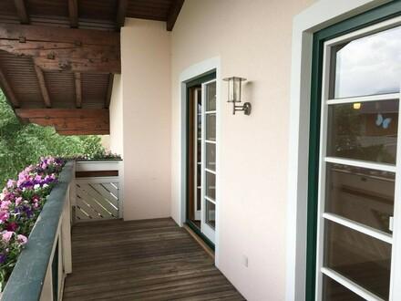 Traumhafte 4 Zi. Wohnung mit Balkon