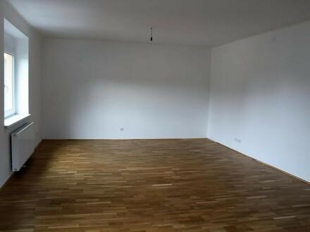 TOP - renovierte 3 Zimmer Wohnung Maxglan!