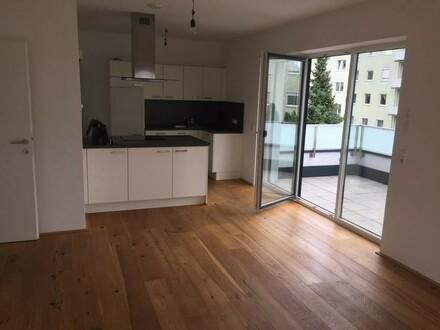 102m² + 2 Terr., exklusive DG-Wohnung, URFAHR,Toplage