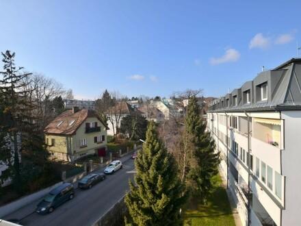 """""""WILLKOMMEN IM HERZEN VON GRINZING!"""" Teilsanierte 100 m² 4-Zimmer-Maisonette-Wohnung mit Loggia!"""