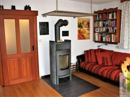 Wohnzimmer mit Schiebetür