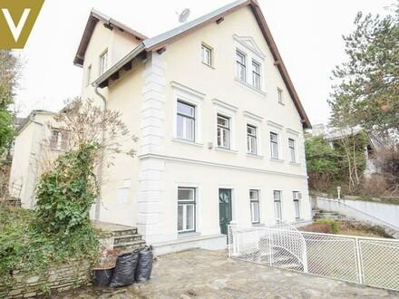 Alleinstehendes Einfamilienhaus mit 2 Eingängen und Gragenabstellplatz // Single detached Villa with 2 entrances and garage