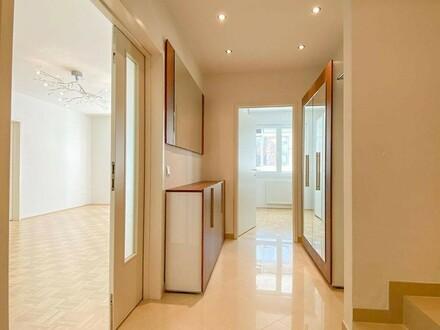 Sonnige 4-Zimmerwohnung mit südseitigem Wintergarten // Sunny 4-rooms apartment with southern Sungarden